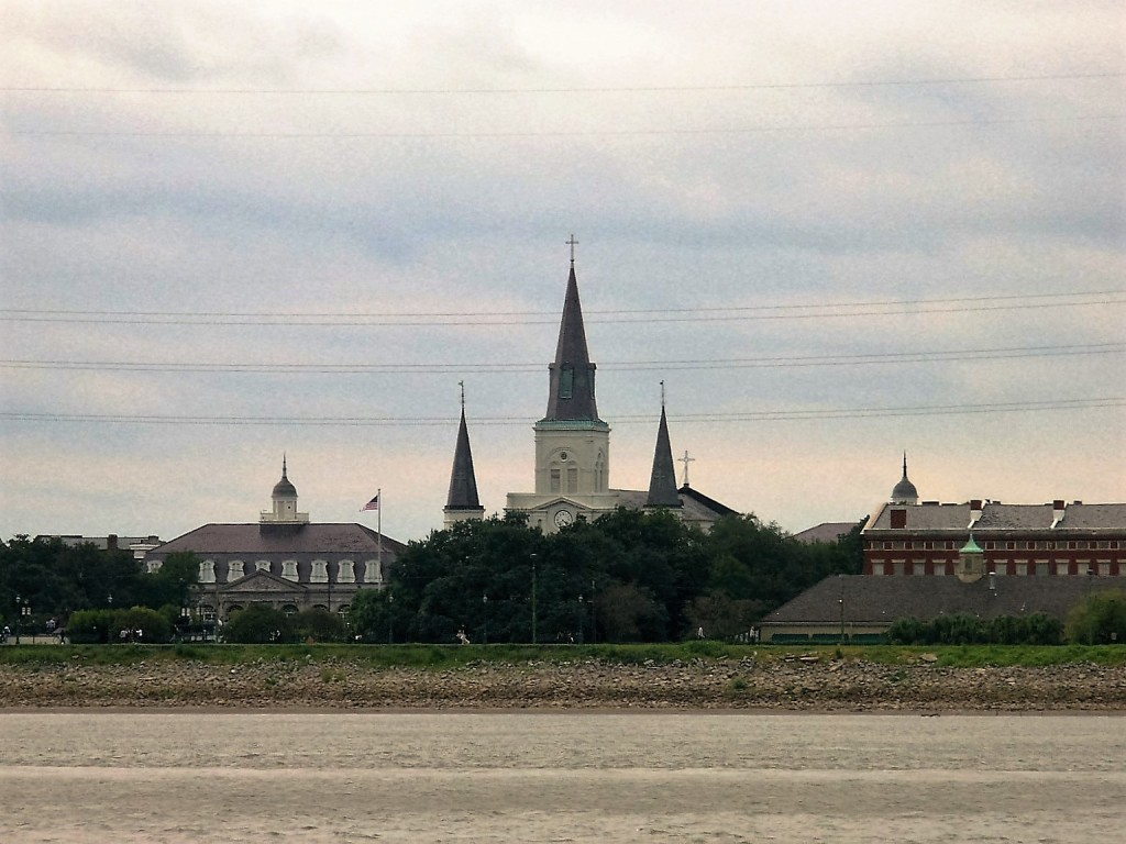 St. Louis Cathedral from across the river